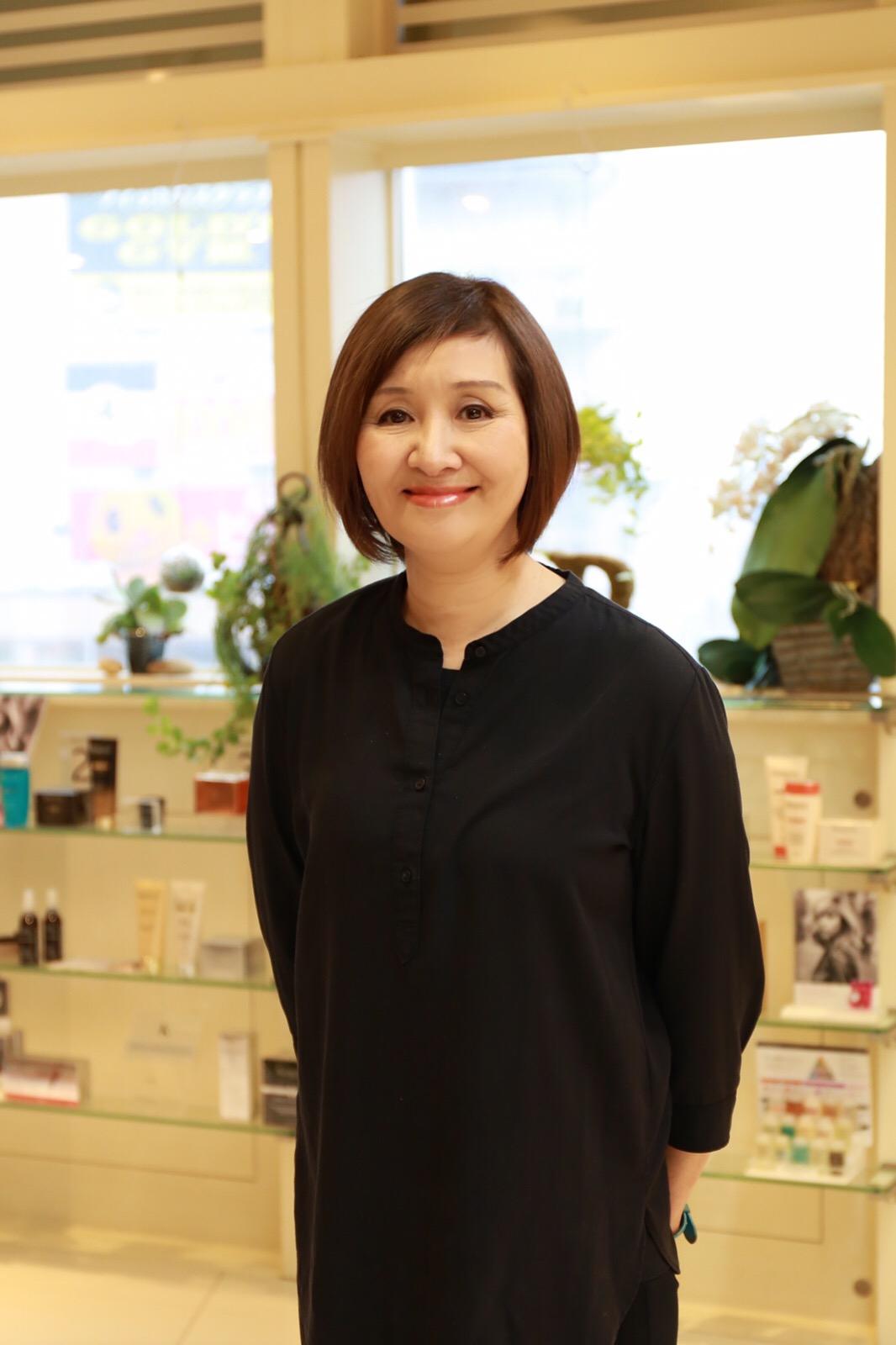 中川 靖子